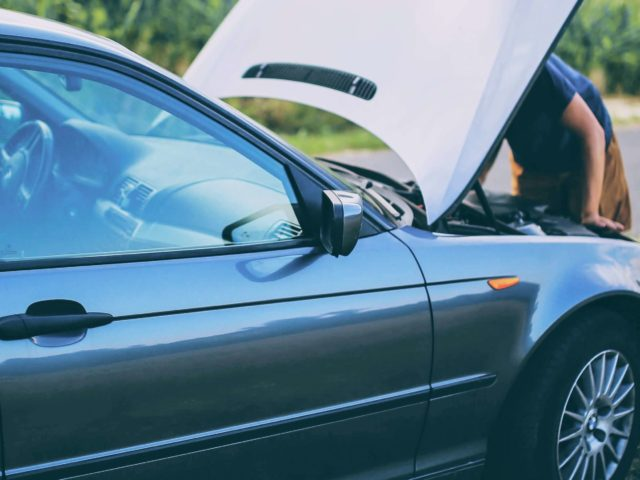 Breakdown checklist to avoid car servicing in Salisbury