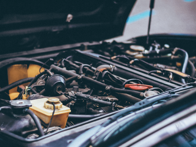 A guide to car servicing in Salisbury - Top tips from an independent car garage
