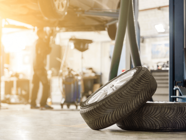 Expert Tips For Idle Cars   Independent Car Garage   Rangers